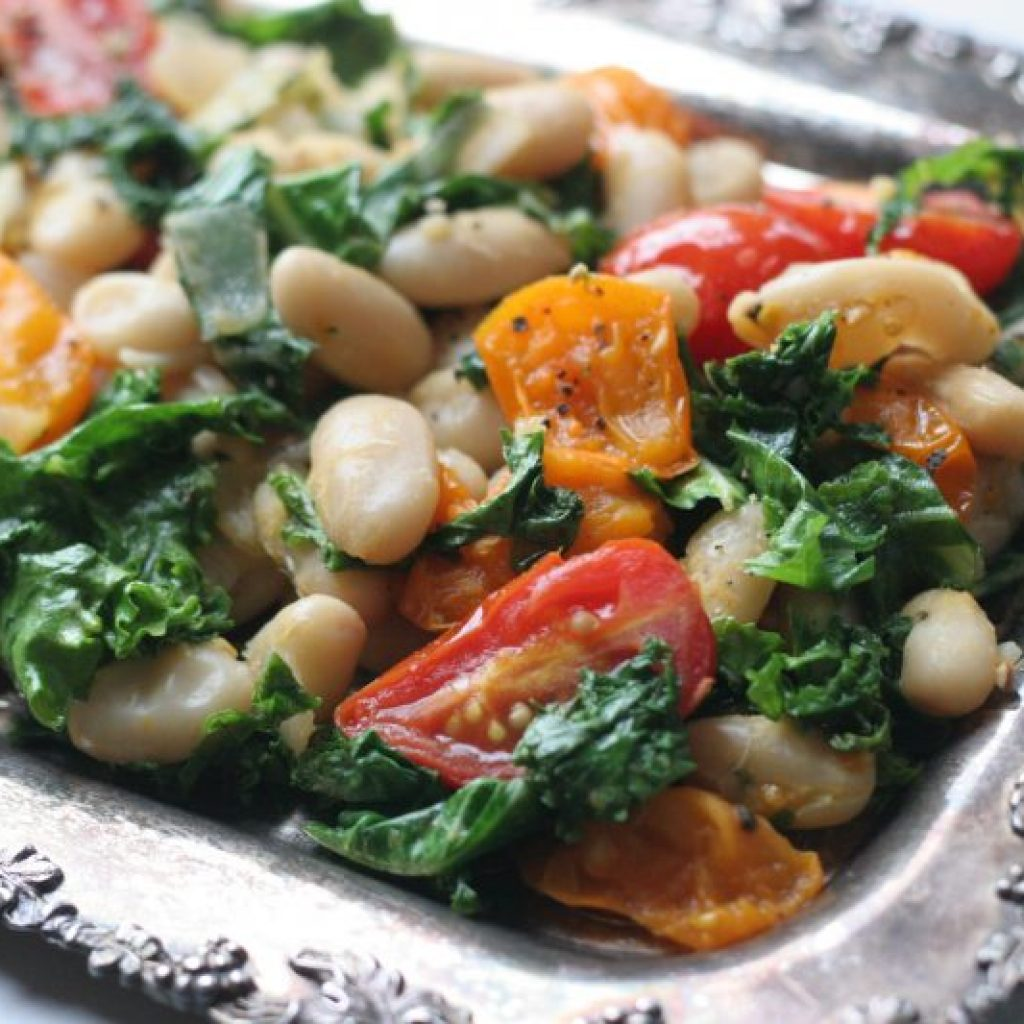Simple and Warm White Bean with Sautéed Kale Salad